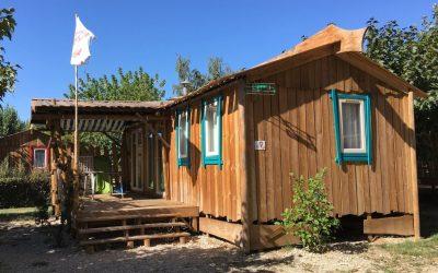 Le Sagittaire, aire de camping et espace aquatique à Nyons